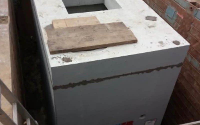 Drosselschachtbauwerk in Fertigteilbauweise Gewicht ca. 40 t mit Einbau Strahldrossel